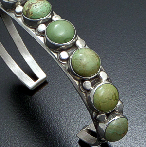 Navajo - 9 Stone Olive Green Turquoise & Sterling Silver Button Cuff Bracelet #41042 $165.00