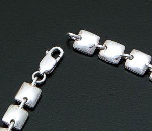 "Zina - 17"" Sterling Silver Square Pillow Link Necklace #41534 $375.00"