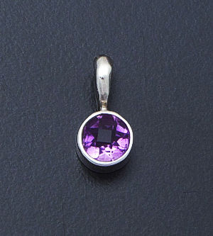 acleoni - Small Round Amethyst & Sterling Silver Pendant #30449 $60.00