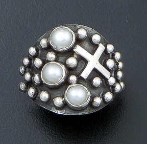 Ronnie Willie - Freshwater Pearl & Sterling Silver Four Corners Beaded Ring #41884 $180.00
