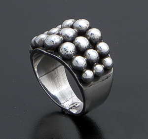 Andy Cadman (Navajo) - Tapered Three Row Sterling Silver Raindrop Ring #42888 $175.00